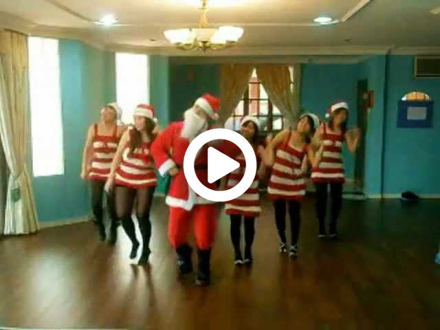 Verrückter Weihnachtstanz :D  (crazy frog - jingle bells) by FUZION DANCERS